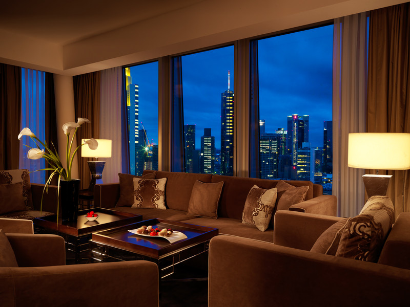 Jumeirah-Frankfurt-Presidential-Suite-Living-Room-at-dawn