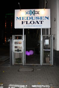 Medusen Float Eingang © Marcus Kapust