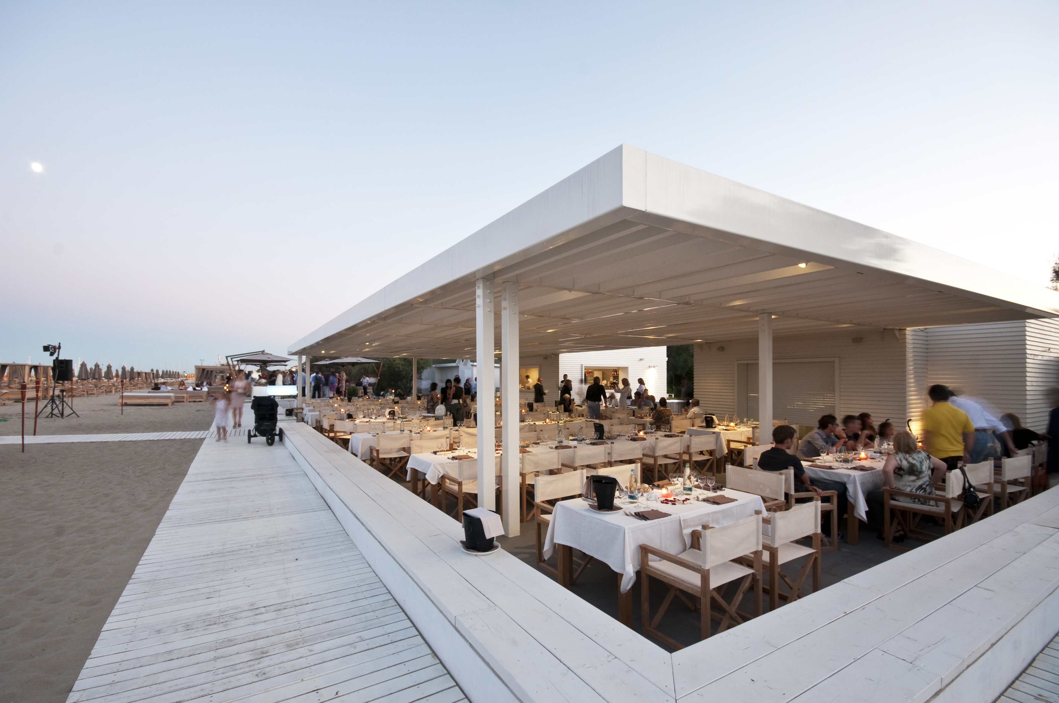 MarePineta Beach Club sunset