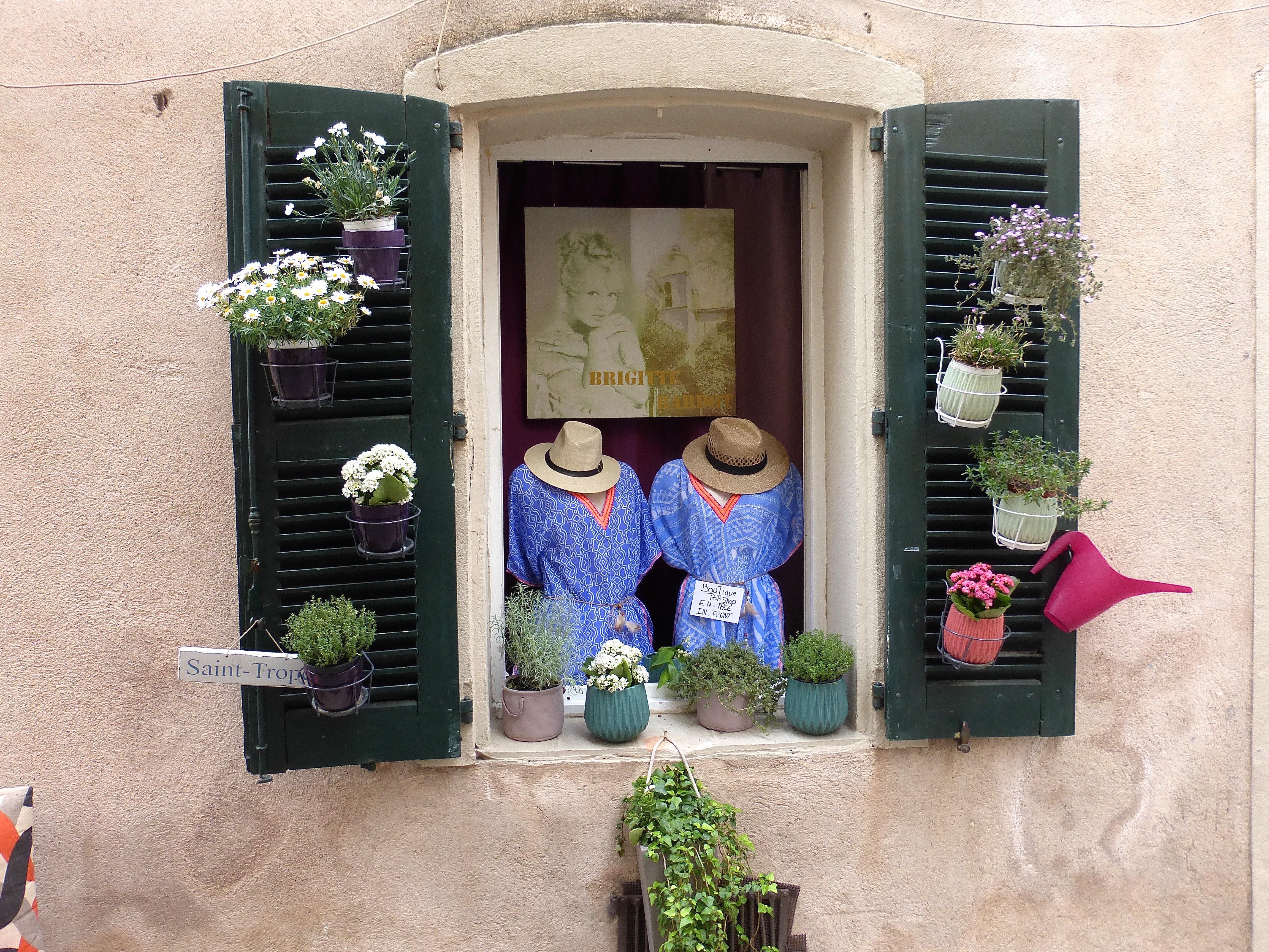 St. Tropez Impression