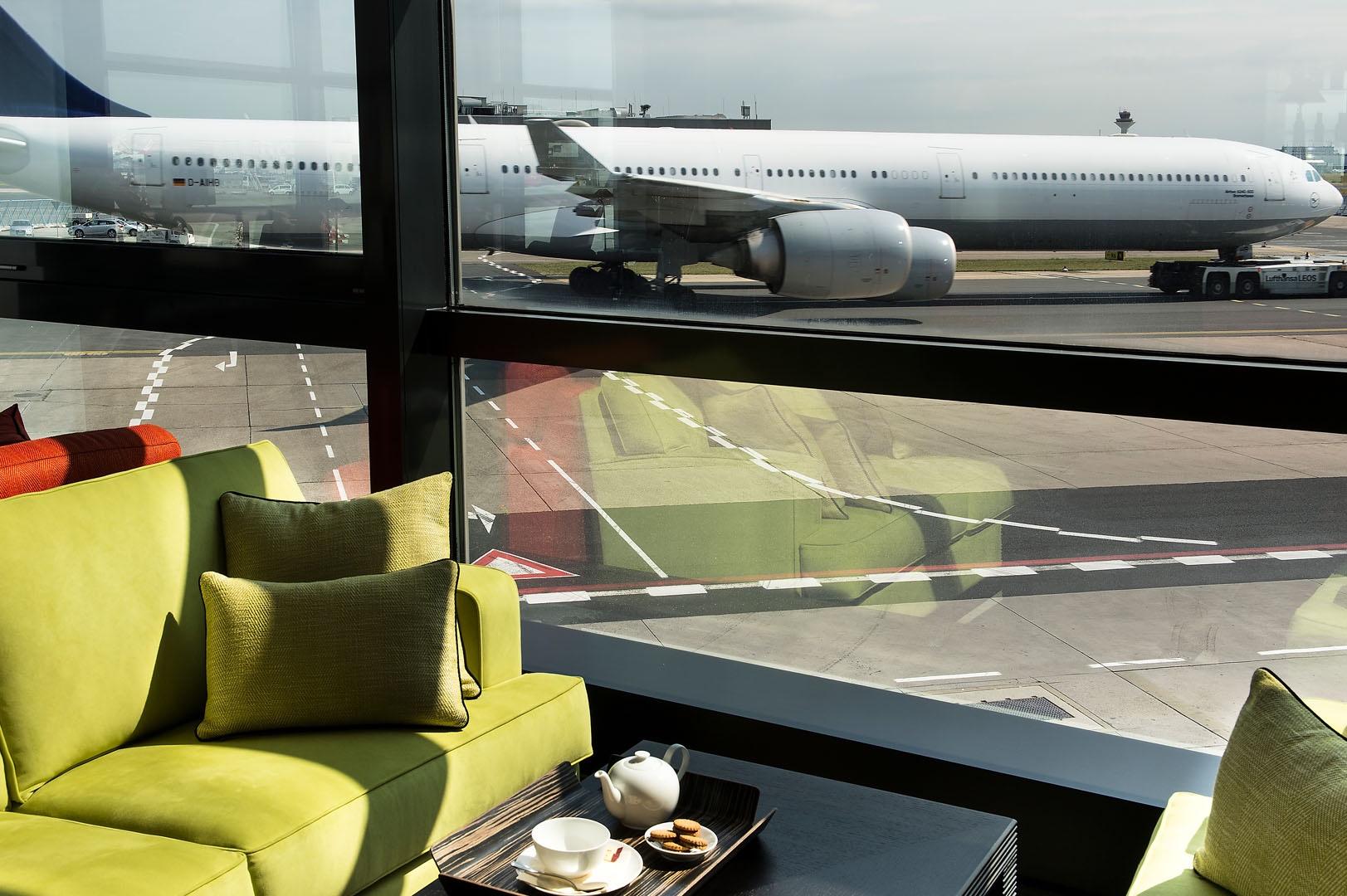 Fraport vip lounge warten wie im wohnzimmer sellawie for Best airport lounge program